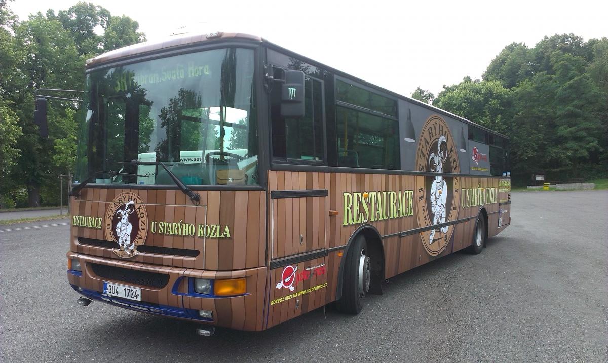 Restaurace U Starýho Kozla - Polep autobusu MHD