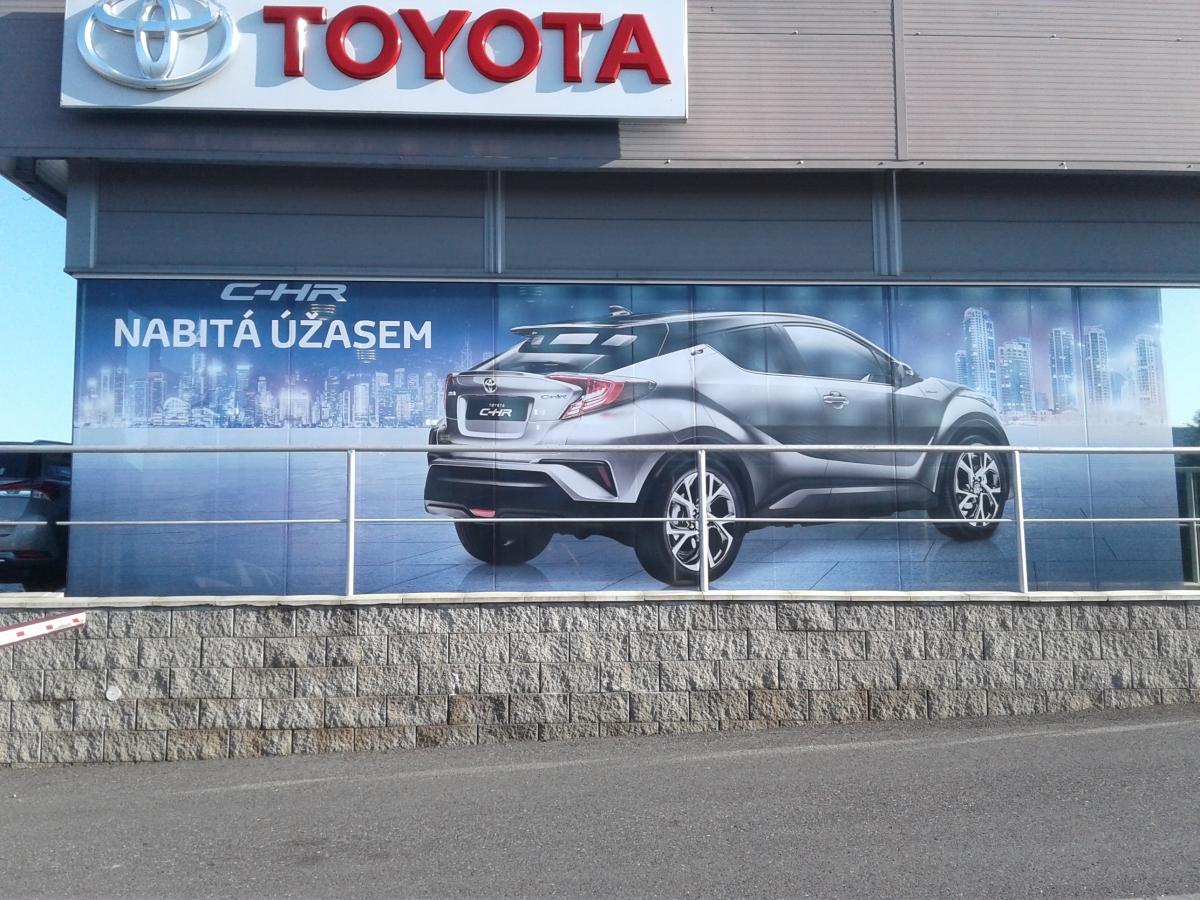 Toyota Dolák - Polep výlohy