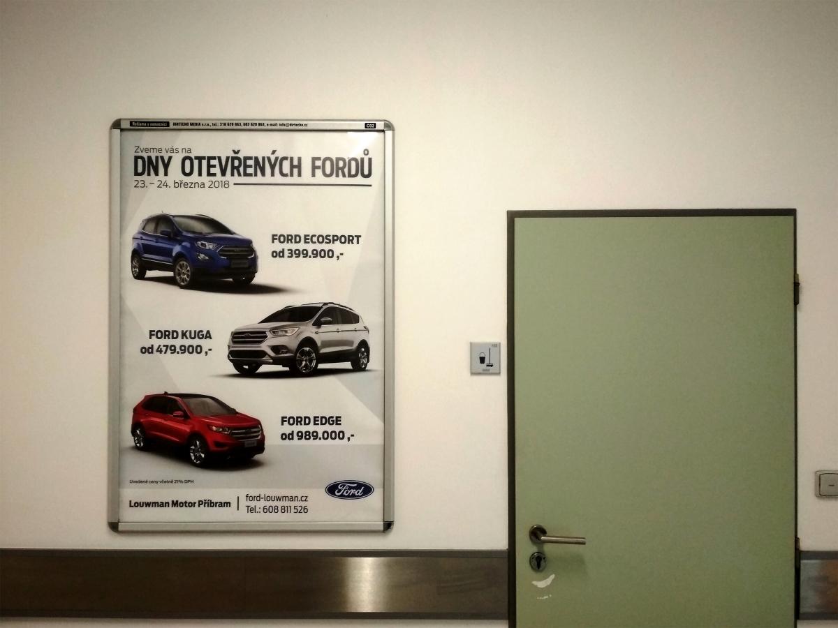 Ford Louwman - Reklama v nemocnici
