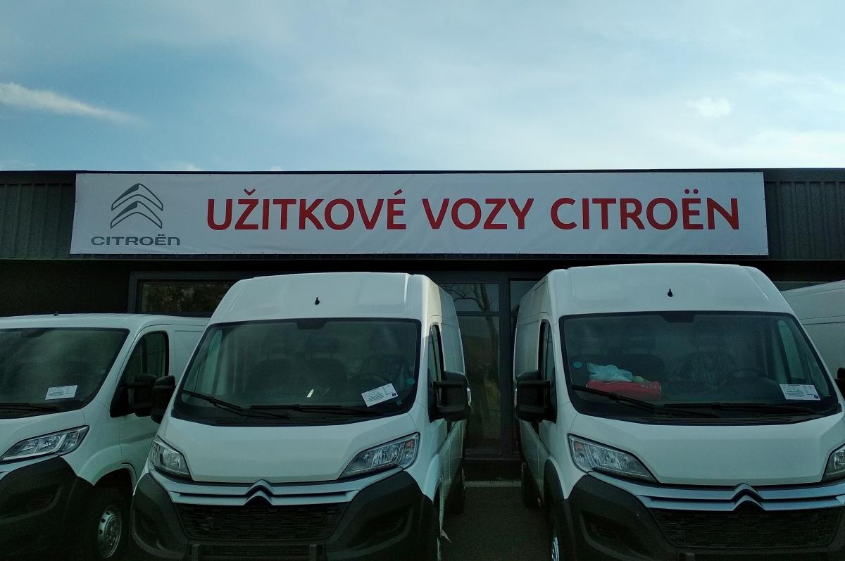 Color Cars Drásov - Výroba a instalace banneru 10x1,2m