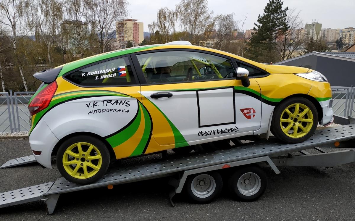 klient - Polep závodního vozu Fiesta