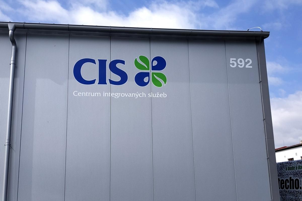 CIS  - Polep firemní haly