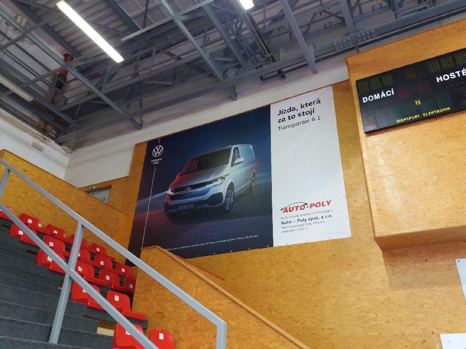 PVC banner ve sportovní hale