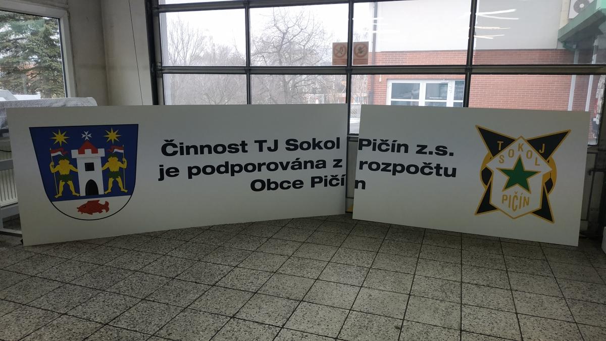 TJ Sokol Pičín - Poutač na fotbalové hřiště