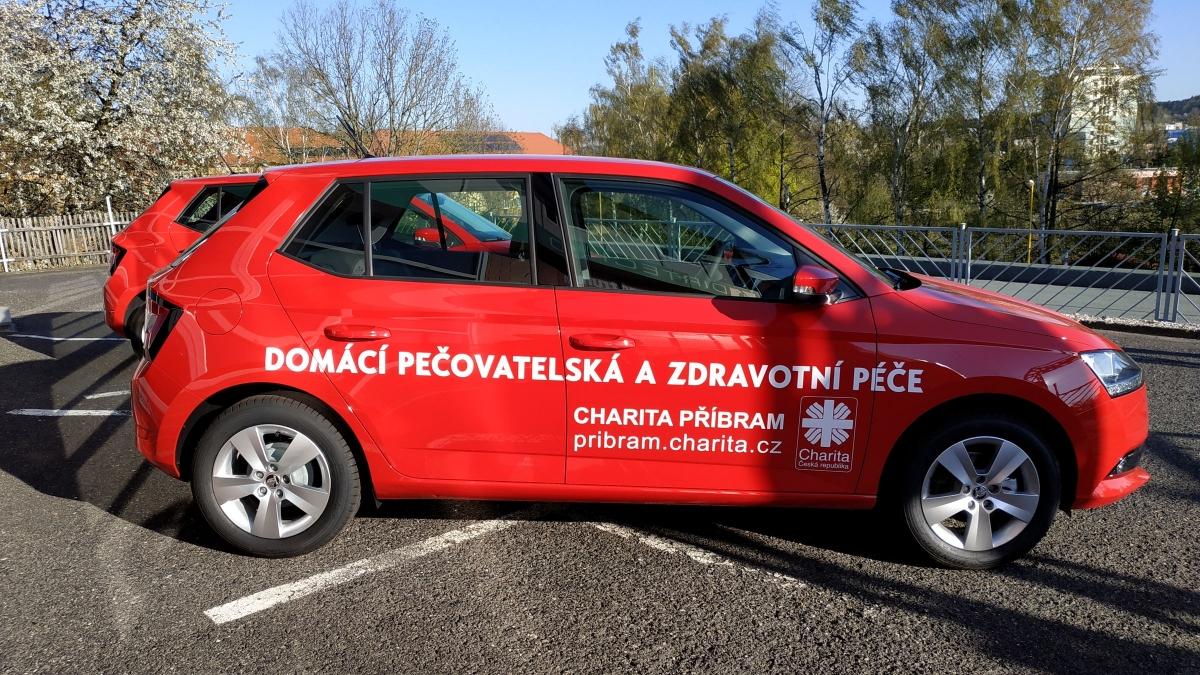 Charita Příbram - Polep firemních vozů Škoda Fabia